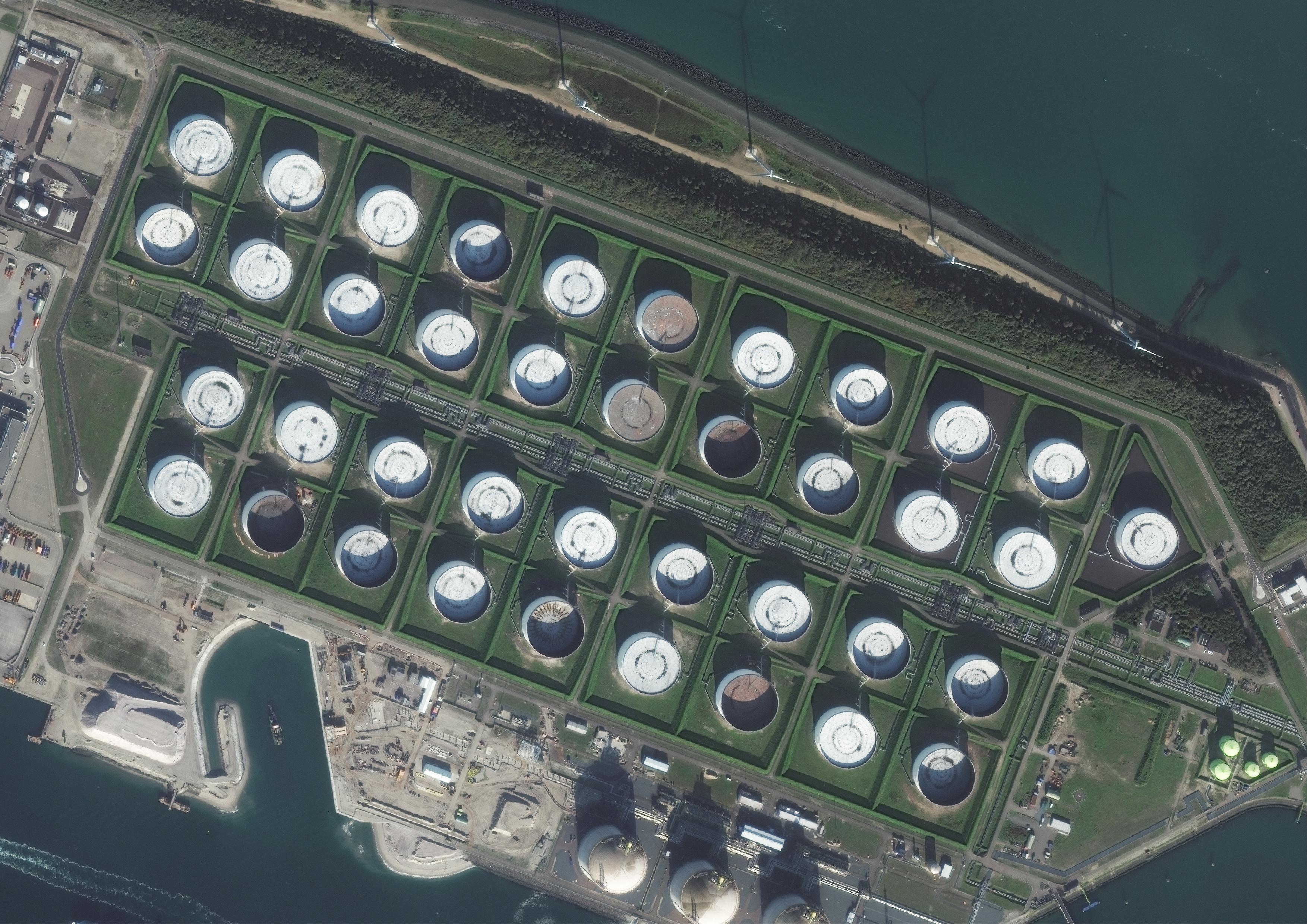 Maasvlakte_Netherlands1_CreditDataDigitalGlobe_JPEG